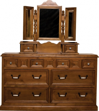 Country 8 Drawer Wide chest