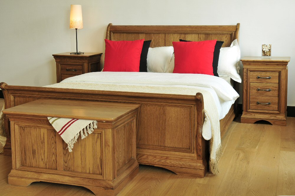 Bordeau Bedroom set