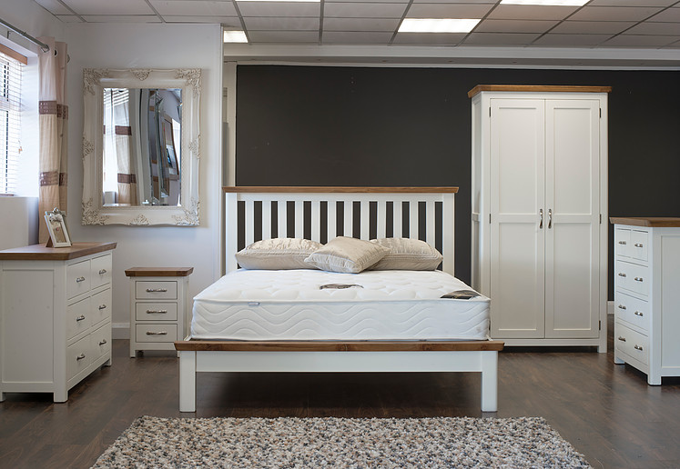 Manhattan Cream & Oak Bedroom